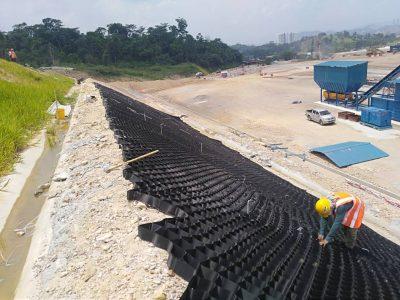 Geocell Installation for TSR MRT